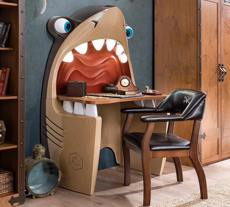 Scrivania da cameretta a forma di squalo con denti illuminati ...